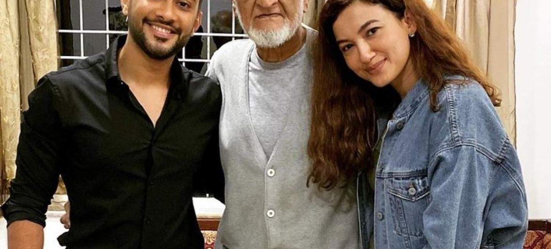 Gauahar Khan father passes away